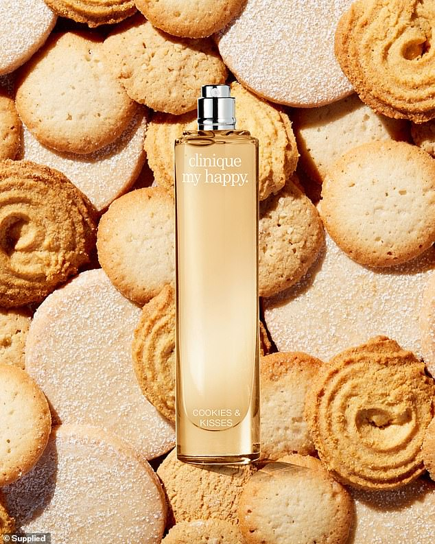 The Cookies and Kisses aroma smells like a cinnamon bakehouse and freshly made sweets
