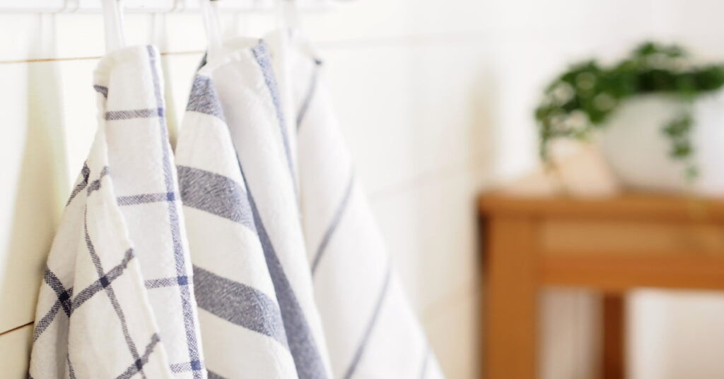 The 10 Best Kitchen Towels To Clean up Any Mess